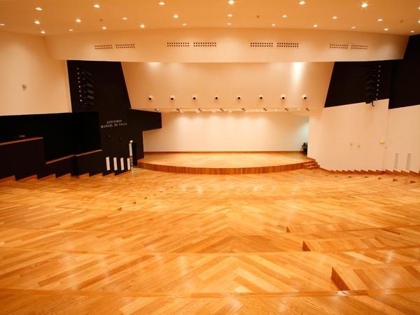 商业、公共场所木地板翻新案例